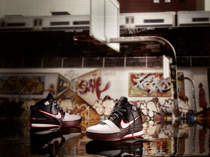 check out e9e5e 12837 Aside from the limited edition Nike Zoom LeBron VI Gold Medal pack, the new  Nike Zoom LeBron VI (P7,495) and Nike Zoom LeBron Ambassador will also be  ...